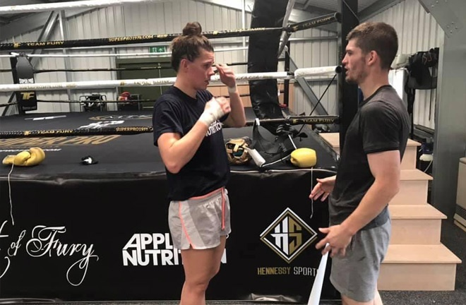 McGowan has been preparing for this fight by sparring Savannah Marshall ahead of her World Title fight. Photo Credit: Twitter / @macaulaymcgowan