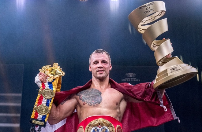 Briedis collected the Ali Trophy Photo Credit: WBSS