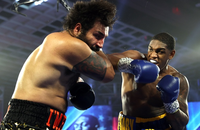 Anderson blasted out Rodney Hernandez in September Photo Credit: Mikey Williams/Top Rank