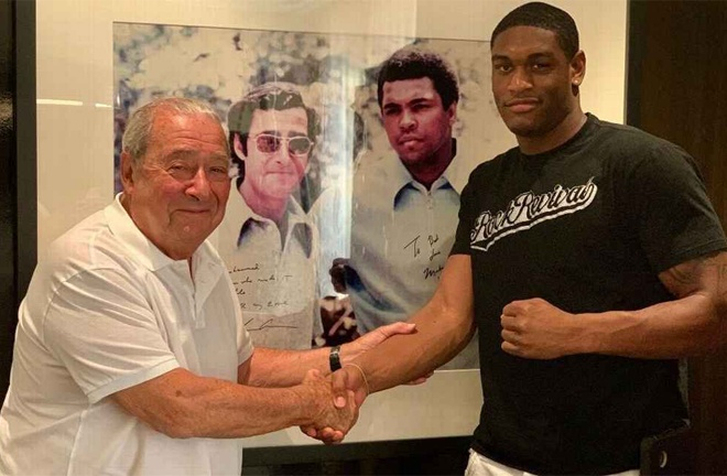 Anderson signed with Bob Arum and Top Rank last September Photo Credit: Top Rank