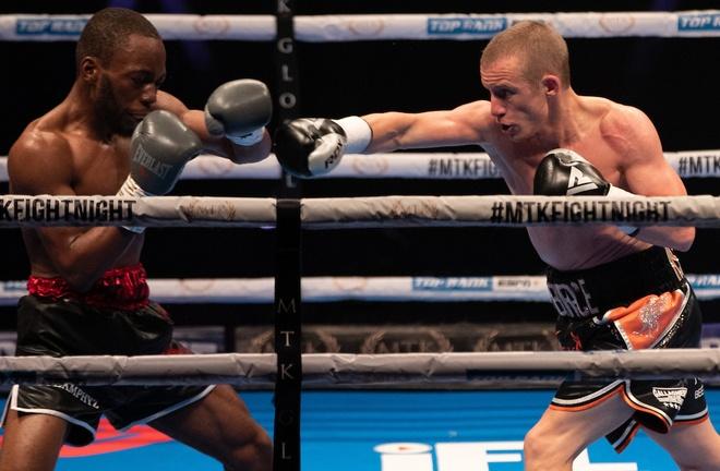 Former world champion Paul Butler overcame Ryan Walker by decision Photo Credit: Scott Rawsthorne / MTK Global