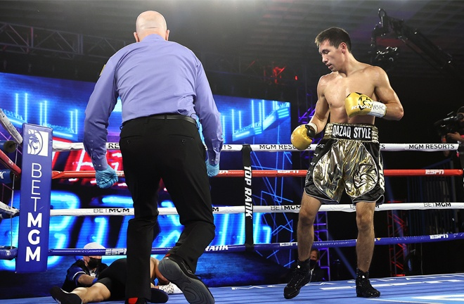 Zhanibek Alimkhanuly scored a huge knockout over Gonzalo Coria to remain undefeated Photo Credit: Mikey Williams / Top Rank