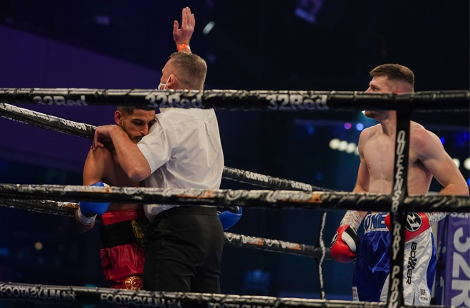 Luke Jones upset the odds to inflict a first defeat on Muheeb Fazeldin Photo Credit: Round 'N' Bout Media / Queensberry Promotions