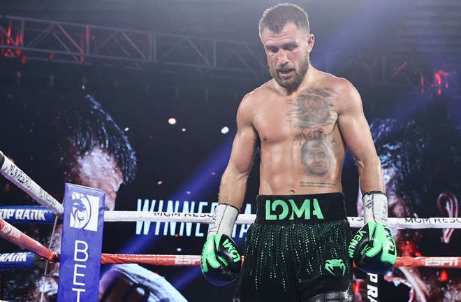 Vasiliy Lomachenko was injured prior to his defeat to Teofimo Lopez, says manager Egis Klimas Photo Credit: Mikey Williams/Top Rank