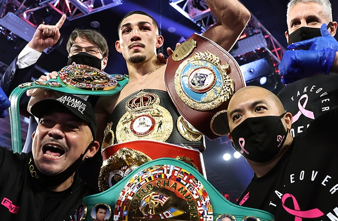 Teofimo Lopez was crowned undisputed Lightweight world champion with a unanimous decision win over Vasiliy Lomachenko on Saturday in Las Vegas Photo Credit: Mikey Williams/Top Rank