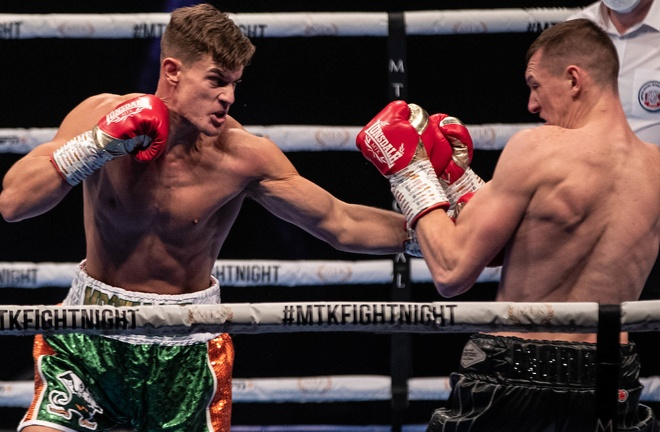 Paul McCullagh stopped Ben Thomas in three rounds on debut Photo Credit: Scott Rawsthorne / MTK Global