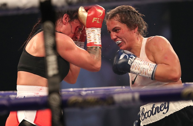 Ellie Scotney made a winning start to the professional ranks against Bec Connolly Photo Credit: Mark Robinson/Matchroom Boxing