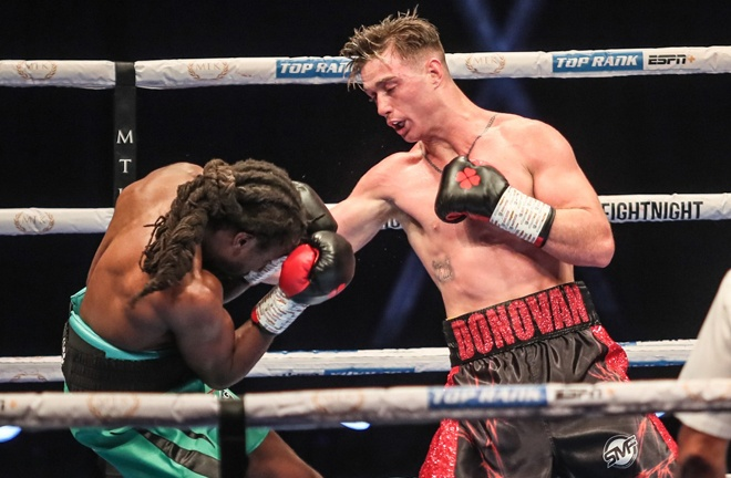 Top Rank welterweight Paddy Donovan impressed to move to five unbeaten Photo Credit: Scott Rawsthorne/MTK Global