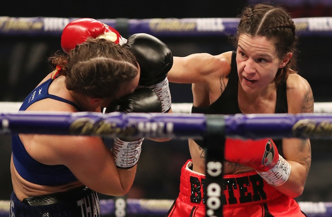 Terri Harper proved too strong for mandatory challenger Katharina Thanderz Photo Credit: Mark Robinson/Matchroom Boxing