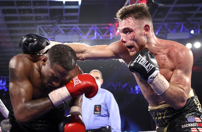 Middleweight Tyler Howard overcame KeAndre Leatherwood to remain unbeaten Photo Credit: Please credit Mikey Williams/Top Rank via Getty Images