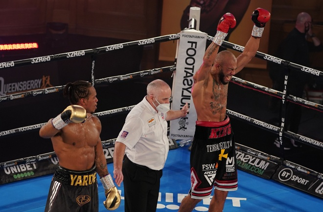 Lyndon Arthur defied the odds to edge past Anthony Yarde by split decision in London on Saturday Photo Credit: Round 'N' Bout Media/Queensberry Promotions