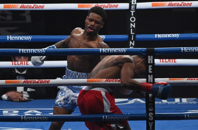 Austin 'Ammo' Williams blew away Isiah Jones inside a round Photo Credit: Al Powers/Matchroom Boxing