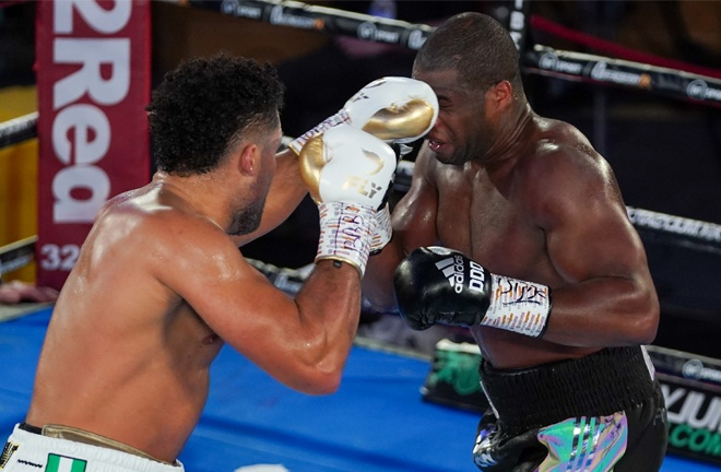 Joe Joyce's jab proved the key to victory over Dubois Photo Credit: Round 'N' Bout Media/Queensberry Promotions