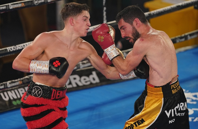 Dennis McCann secured a decision victory over Pedro Matos to remain unbeaten Photo Credit: Round 'N' Bout Media/Queensberry Promotions