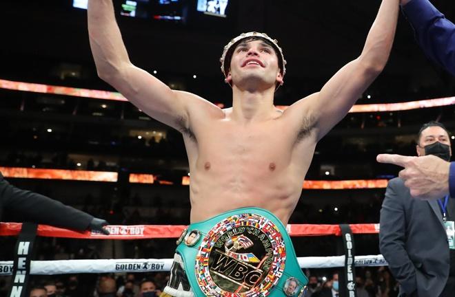 Garcia was crowned WBC Interim Lightweight champion after stopping Campbell Photo Credit: Tom Hogan-Hogan Photos/Golden Boy