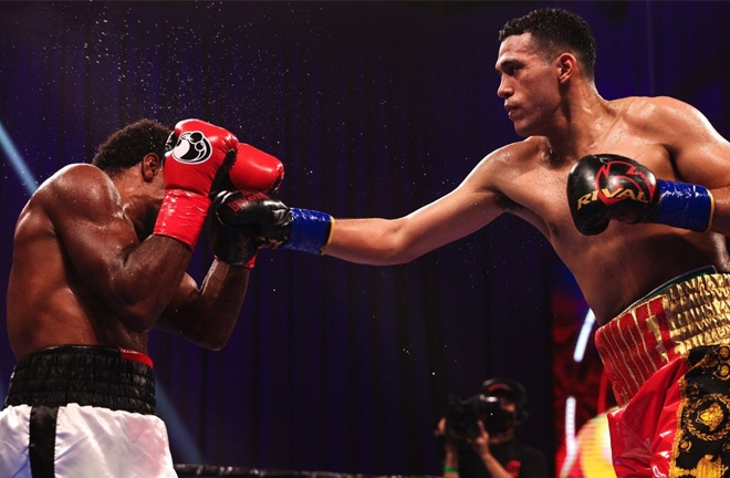 Benavidez secured a tenth round stoppage over Angulo to remain unbeaten Photo Credit: Amanda Westcott/SHOWTIME