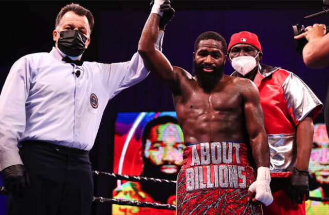 Adrien Broner made a winning return with a contentious, unanimous decision win over Jovanie Santiago in Connecticut Photo Credit: Amanda Westcott/SHOWTIME