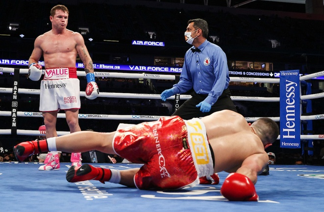 Alvarez dropped Yildirim heavily in the third round and he did not come out for the fourth round Photo Credit: Ed Mulholland/Matchroom Boxing