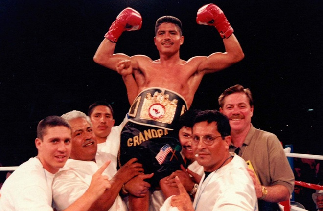 Former world champion, Robert Garcia was the first fighter Kahn managed Photo Credit: Fight Game Advisors