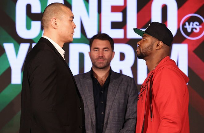 Zhang and Forrest came face-to-face at Thursday's press conference in Miami Photo Credit: Ed Mulholland/Matchroom