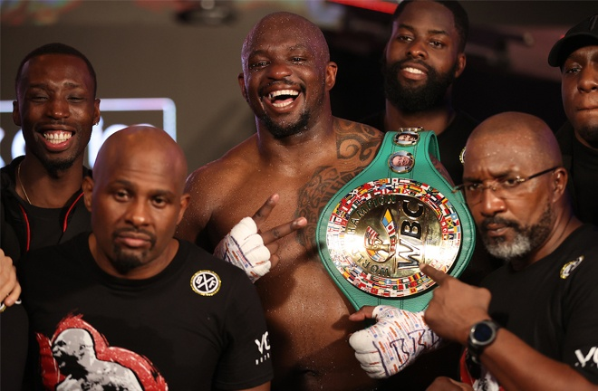 Whyte reclaimed the WBC Interim Heavyweight title Photo Credit: Mark Robinson/Matchroom Boxing