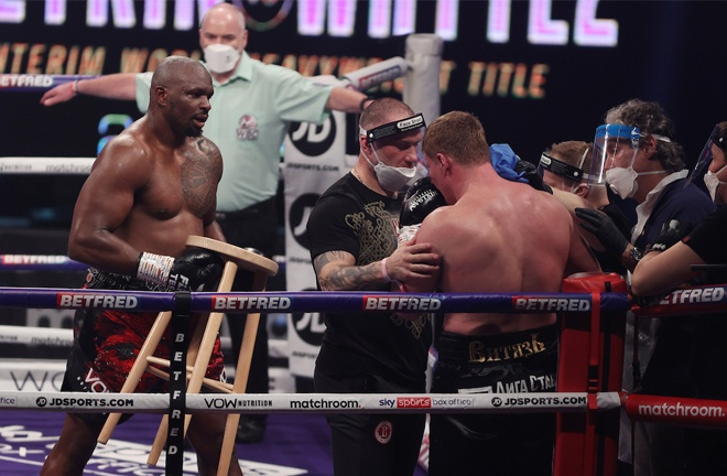 Whyte brought a stool over to Povetkin after the stoppage Photo Credit: Mark Robinson/Matchroom Boxing