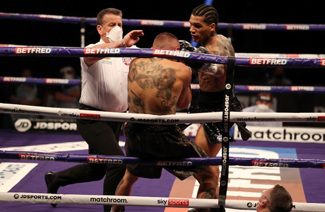 Benn launched a relentless assault on Vargas with the referee putting a halt to the onslaught Photo Credit: Mark Robinson/Matchroom Boxing