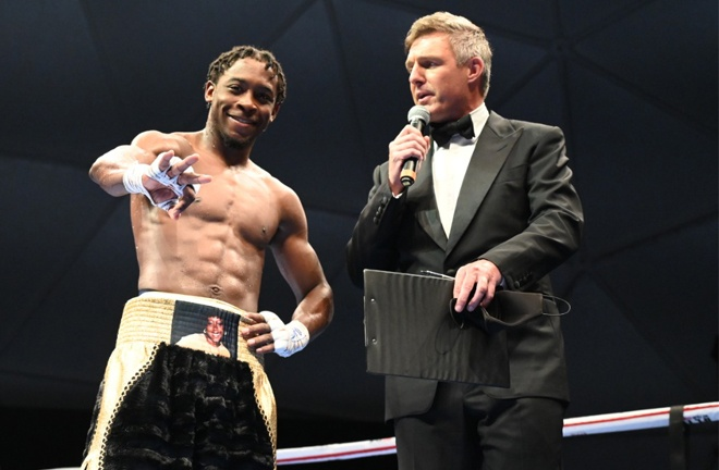 Keyshawn Davis secured his second professional victory Photo Credit: D4G Promotions