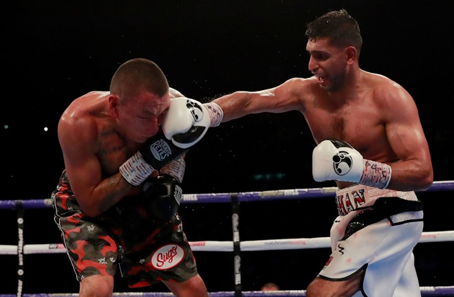 Khan overcame Vargas in 2018 Photo Credit: Reuters