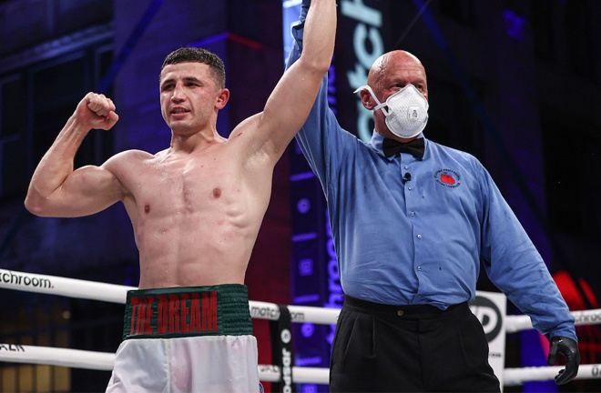 Super Welterweight prospect Israil Madrimov picked up his seventh straight professional win Photo Credit: Ed Mulholland/Matchroom