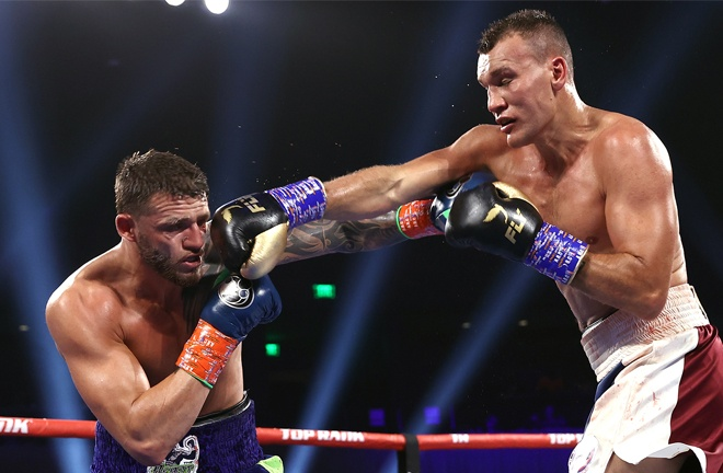 Vlasov remained competitive throughout against Smith Photo Credit: Mikey Williams/Top Rank via Getty Images