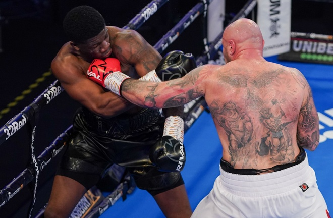 Kamil Sokolowski put in a spirited effort against David Adeleye and many felt he had done enough to win Photo Credit: Round 'N' Bout Media/Queensberry Promotions