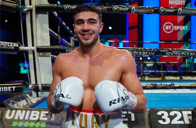 Tommy Fury has amassed five straight professional victories Photo Credit: Round 'N' Bout Media/Queensberry Promotions