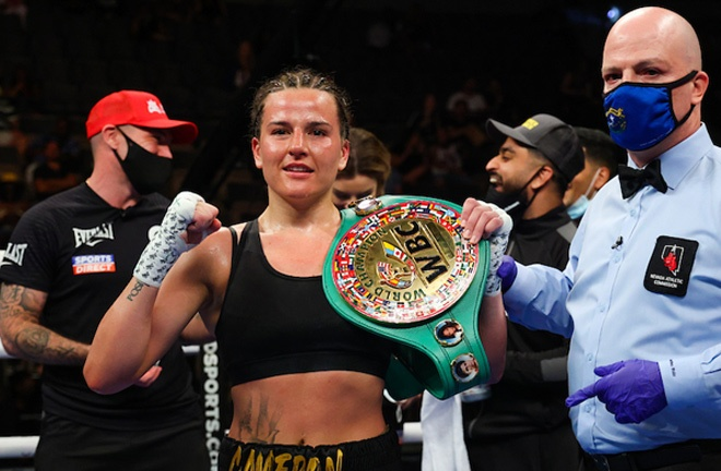 Chantelle Cameron retained her WBC Super Lightweight title with a fifth round stoppage of Melissa Hernandez Photo Credit: Ed Mulholland/Matchroom