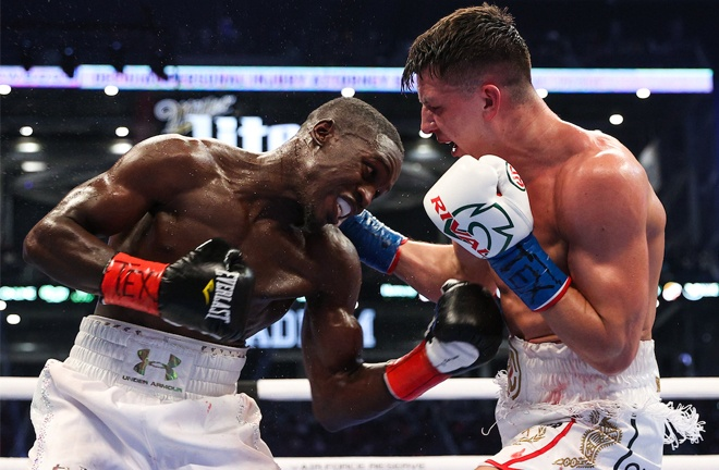 Souleymane Cissokho edged past Kieron Conway by split decision to claim the WBA Inter-Continental Super Welterweight title Photo Credit: Ed Mulholland/Matchroom