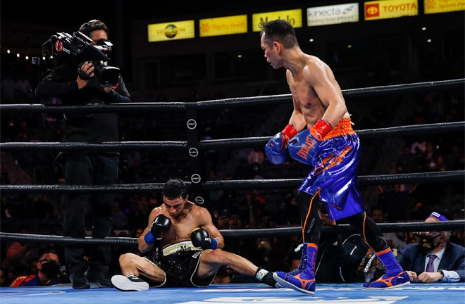 Donaire knocked down Oubaali three times Photo Credit: Esther Lin/SHOWTIME