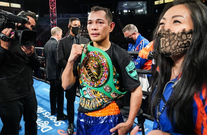 Donaire became world champion once again Photo Credit: Sean Michael Ham/TGB Promotions