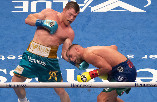 Canelo caught Saunders with an uppercut which broke his eye socket Photo Credit: Michael Owens/Matchroom