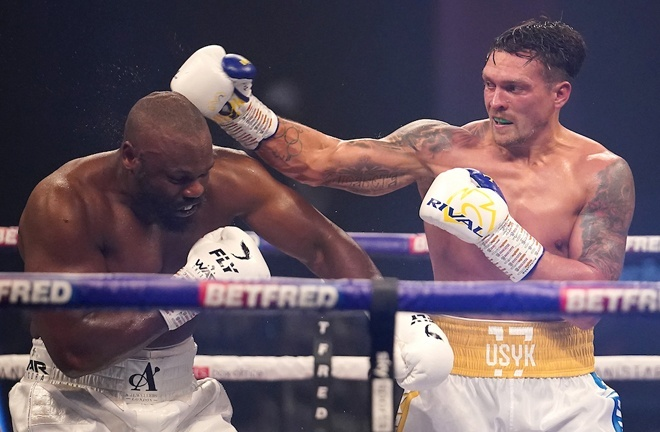 Usyk cemented his position with victory over Derek Chisora in October Photo Credit: Dave Thompson/Matchroom Boxing