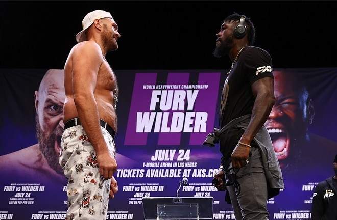 Fury and Wilder came face-to-face at a press conference prior to the postponement Photo Credit: Mikey Williams/Top Rank via Getty Images