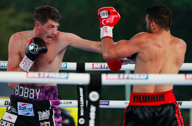 Little Lever's Meat Cleaver outpoints Yildirim 100-90, 98-92, 97-93. Photo Credit: Matchroom Boxing.
