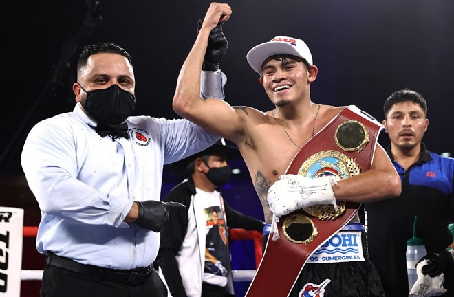 Emanuel Navarrete holds the WBO featherweight crown Photo Credit: Mikey Williams/Top Rank via Getty Images