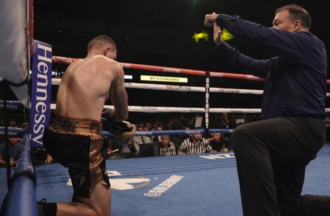 Ortiz Jr knocked Kavaliauskas down five times Photo Credit: Kevin Estrada/Golden Boy Promotions