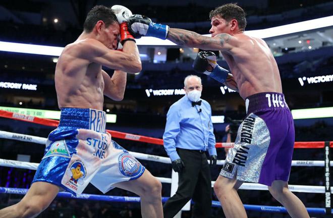 Alvarado and Gutierrez meet in a trilogy clash on Saturday Photo Credit: Tom Hogan-HoganPhotos/Golden Boy