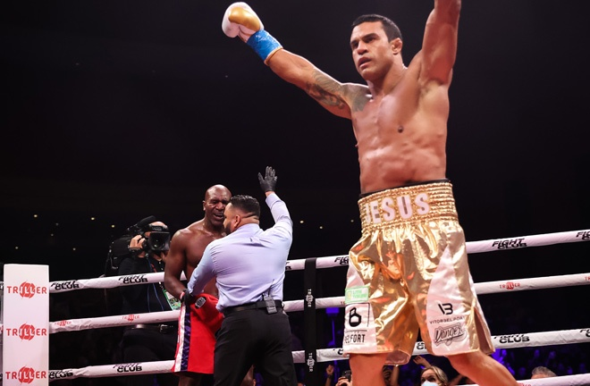Belfort celebrates after his win over Holyfield Photo Credit: Amanda Westcott/Triller Fight Club