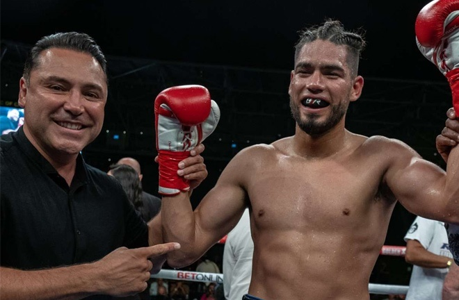 Fellow former super middleweight titlist, Gilberto Ramirez could be another option for Smith Photo Credit: Golden Boy Promotions