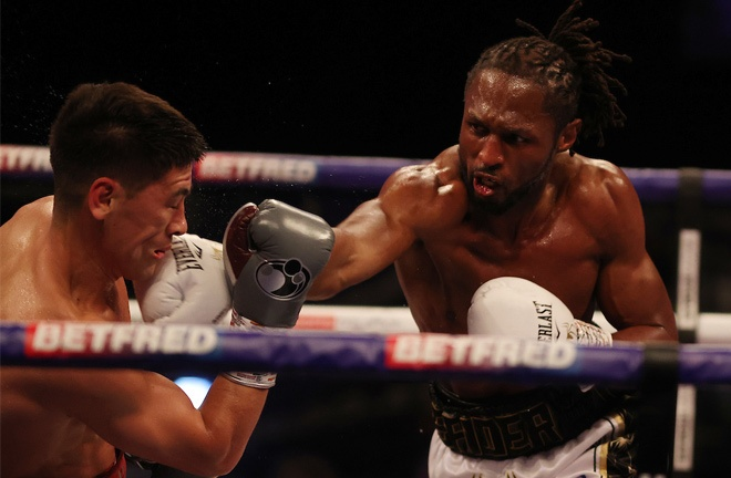 Craig Richards put in a spirited display in defeat to Bivol Photo Credit: Mark Robinson/Matchroom Boxing