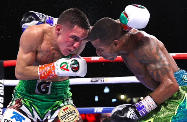 Oscar Valdez dug deep against Robson Conceição to show a heart of a champion and retain his WBC junior lightweight title. Photo Credit: Top Rank Boxing.