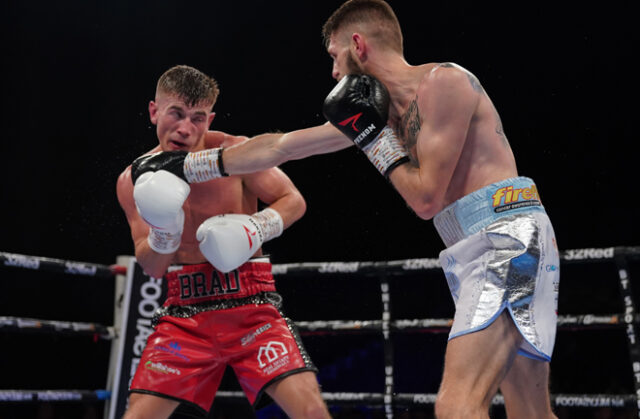 Jason Cunningham finished strongly in a bid to snatch the win. Photo Credit: Frank Warren