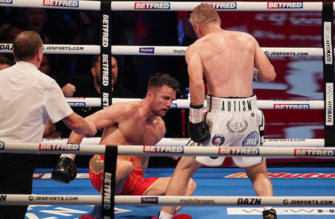 Smith floored Fowler in the fifth round Photo Credit: Dave Thompson/Matchroom Boxing